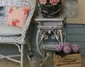 Shabby Country Dollhouse Miniature Hydrangea Plants in Wooden Crates