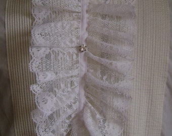 Ruffled white lace jabot