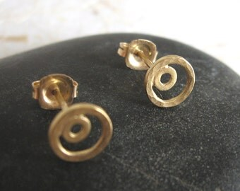 14k Solid gold simple small stud earrings , Gold circle post earrings , Handmade by Adi Yesod