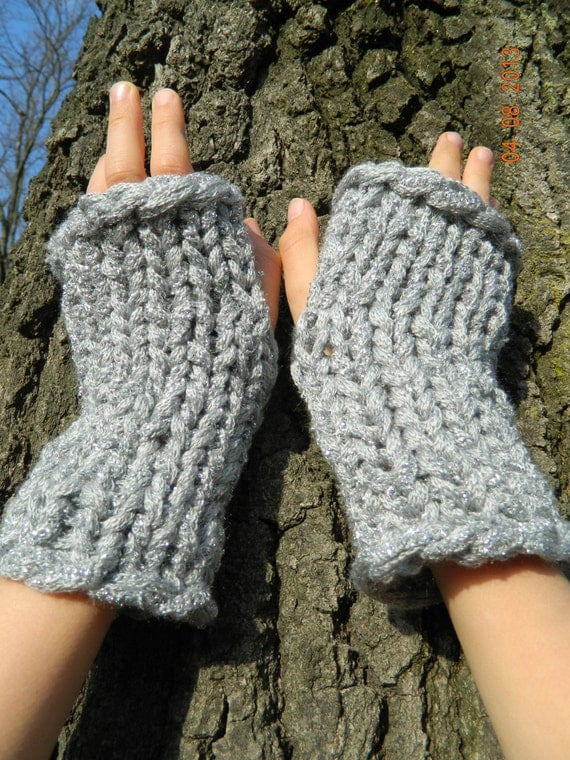 KNITTING PATTERN fingerless gloves texting mitts fingerless
