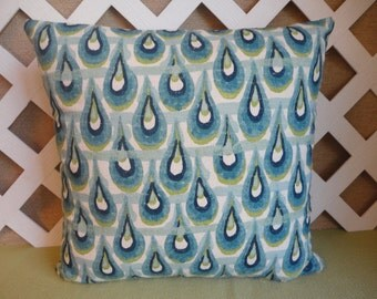 Raindrop Pattern Pillow Cover in Blue, Green, and White