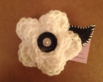 White & Gray flower