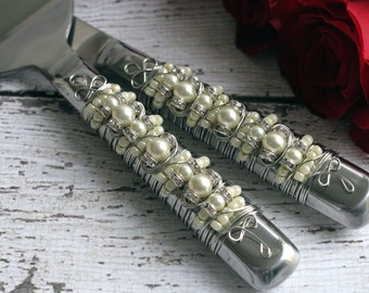COUTURE Ivory Pearl Beaded Wedding Cake Serving Set, table setting, tabletop, knife set, bridal gift, custom, personalize