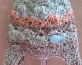 Baby aviator style crochet hat with earflaps