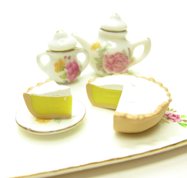 Lemon Meringue Pie Miniature Polymer Clay Dollhouse Dessert 1