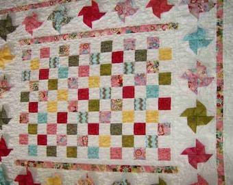 3-D Pinwheels Quilt and Diaper Stacker
