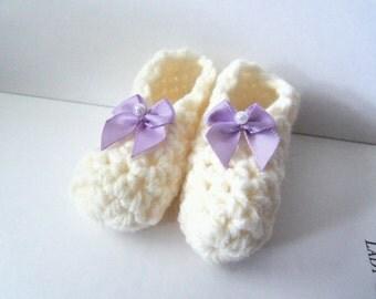 Cream Crochet Baby Booties. Handmade Baby Booties.