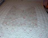 SALE,,Vintage, Crochet Bed Spread, Pineapple Design, Hand Crocheted, Bed Topper, White Crochet