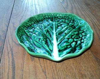 Vintage  Lettuce Leaf Majolica Green Glazed Ceramic Plate with great leafy texture and a fine green glazed finish  in Mint condition