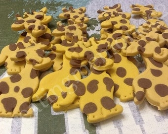 FONDANT GIRAFFE TOPPERS - For cupcakes, cakes and cookies. Birthdays, weddings, showers