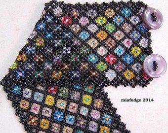 Seed Bead Bracelet Black with Flowers Lilac Buttons WIDE