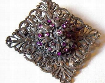 "Art Deco Edwardian Brooch Pin Purple Rhinestones Lacy Florentine Design Layered 2.5"" Vintage"