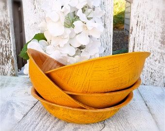 Set off 4 Shabby Chic Display Bowls, Marigold Yellow