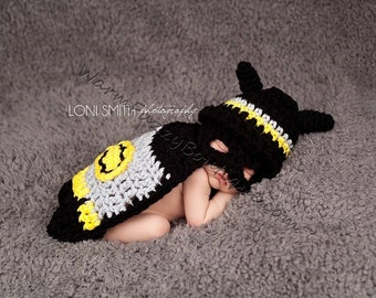 Batman Hat, Mask & Cape - Crochet Baby Newborn Nb Beanie Cap 0-3 months Costume Halloween  Winter Outfit