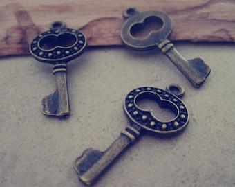 20pcs  antique bronze Key pendant Charms 14mmx29mm