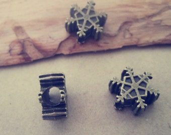 15pcs Antique bronze snow pendant Charms connector 14mm