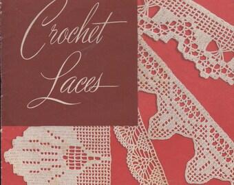 Weldons Crochet Laces  Book  - Vintage 1940s Crochet Booklet  (Original Booklet)