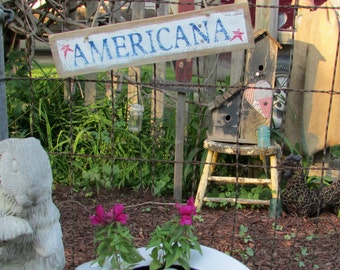 AMERICANA Reclaimed Wood Sign / Farmhouse Chic / Rustic Wood Sign