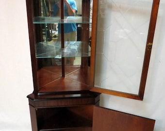 Vintage Antique Duncan Phyfe Sheraton Inlaid Mahogany China Corner Cabi Regency Cut Glass