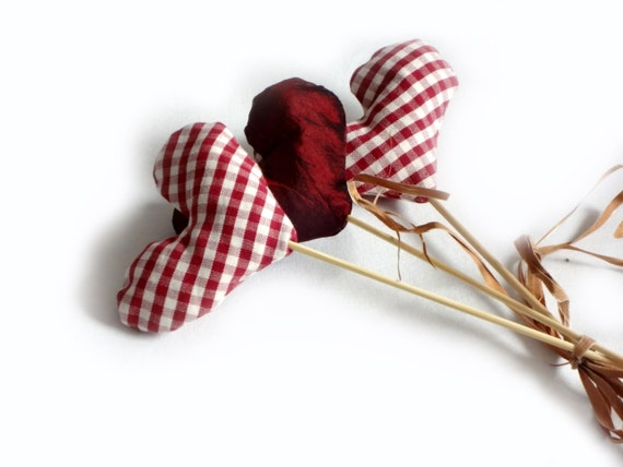 hearts bouquet - 2 red white gingham hearts plus 1 burgundy heart