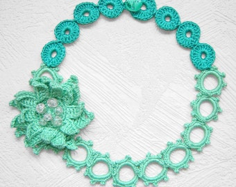 Shadow mint flower crochet necklace .