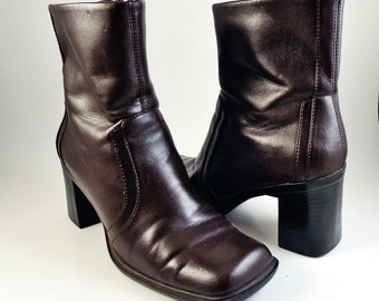 Vintage 90s Brown Chunky Heel Womens Boots Size 6.5