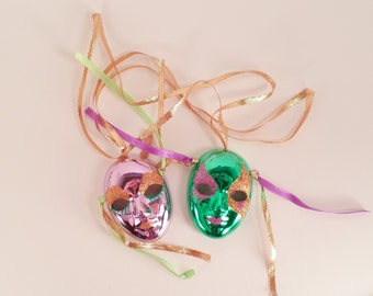 Mardi Gras, Mask Decor, Porcelain, Vintage, Brinn's, Collectible, Small Masks, Purple and Green with Ribbons