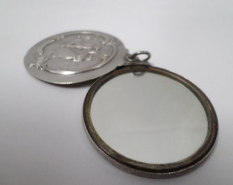 Pendant mirror medallion Silver Plated repousse French Antique (v69)