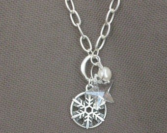 Necklace-Crystal Necklace-Snowflake Necklace-Swarovski Crystal and Pearl Necklace-Freshwater Pearl Necklace-Charm Necklace-Silver Necklace