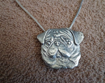 Pug pendant / brooch, with chain.