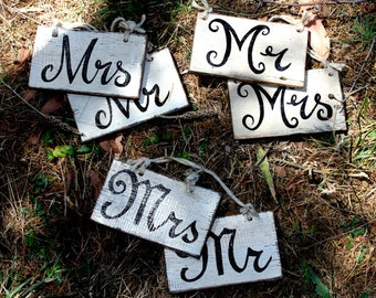 """Rustic Country Wedding Sign """"Mr & Mrs"""""""