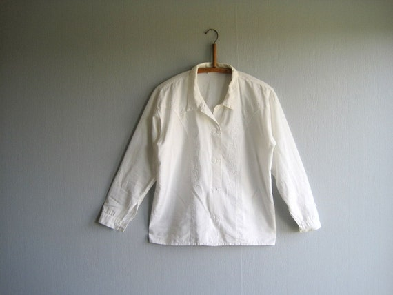 White Shirt Womens Blouse 70's 80's Long Sleeve Cotton Blouse Size M Secretary Blouse Country Style Embroidered Blouse