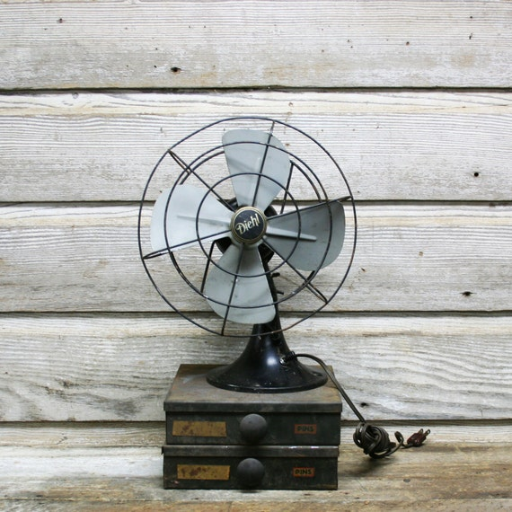 Vintage Industrial Diehl Desk FanSmall Black Desk Fan