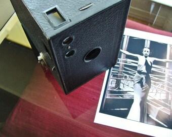 Vintage Kodak NO. 2A Brownie Mod. C