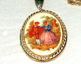 Vintage Locket Necklace Classic Romantic French Couple Figural Garden Fragonard Painting - Enamel Gold Tone - Excellent
