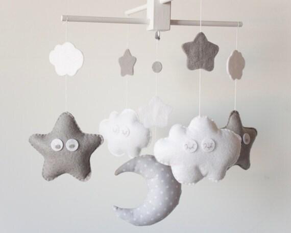 Art culos similares a movil de cuna para bebe hecho a mano movil de cuna hecho por encargo - Movil para cuna bebe ...