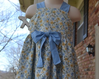 Floral bow dress in 12-18M