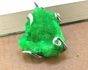 Brilliantly Green Geodes Druzy Agate Crysal Penedant Gemstone Beads Jewelry Supplies