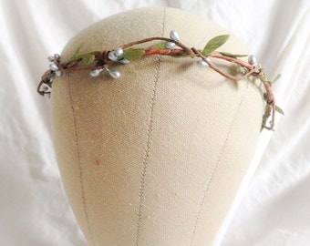Woodland flower hair wreath (silver pip berry and green leaf) - Wedding headpiece, headband, vintage inspired rose crown boho bridal