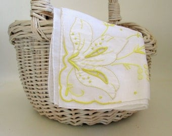 Vintage Hankie, Embroidered Appliqued Handkerchief, Wedding Bridal Yellow and White Madeira
