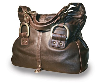 Chic Real Leather Handbag in chocolate brown