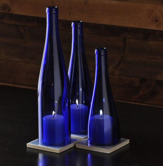 lampe bougie bouteille en verre bleu cobalt par moonshinelamp. Black Bedroom Furniture Sets. Home Design Ideas