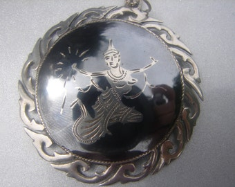 SIAM STERLING NECKLACE 51.