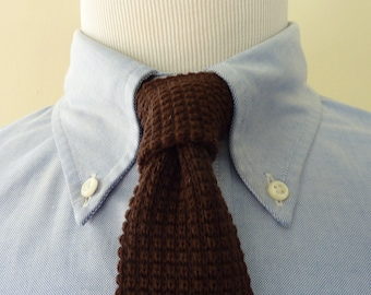 DEADSTOCK / NOS Wembley Chocolate Brown 100% Wool Knit Knitted Woven Trad / Ivy League Neck Tie.  Made in USA.