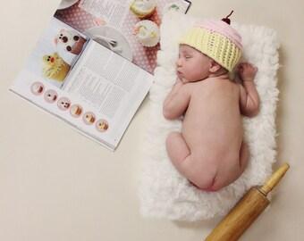 Newborn Cupcake Hat, Cupcake Hat, Newborn Hat, Boy hat, Girl Hat, Baby Hat, Photo prop, Newborn Prop, Cake Hat, Sweets Hat