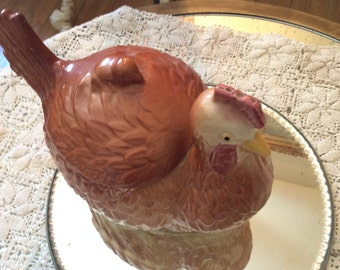 Vintage hen cookie jar