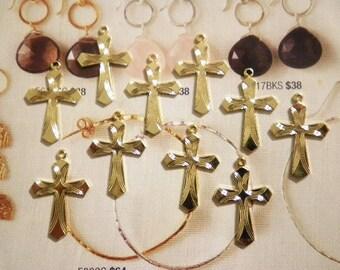 10 Goldplated Diamond Cut Crosses