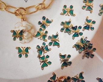 24 Vintage Goldplated Emerald Green Butterfly Pendants