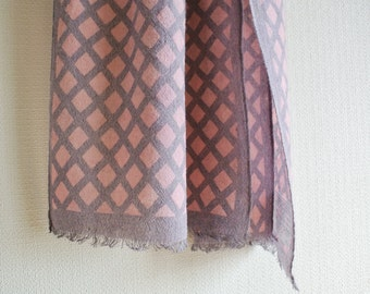 SALE  Natural Cochineal dyed Katazome stencil fishnet  pattern Wool-Linen scarf