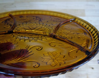Tiara Rich Amber Daisy 10 inch Serving Divided Platter Indiana Glass Very good heavy